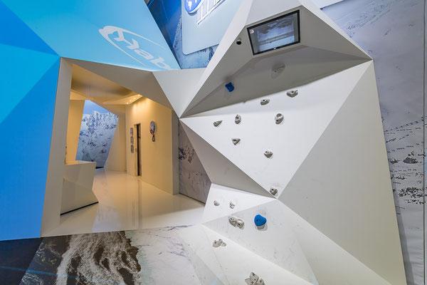 Messestand Erlebnis 3D Projektion Bergsteigen Architektur Dekoration Design Grafik Live Kommunikation Rigips FotoBooth
