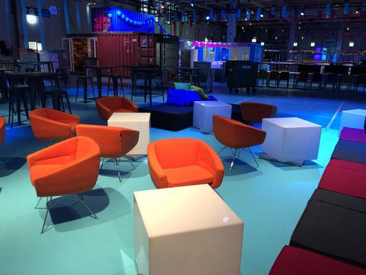 Personalanlass Mitarbeiterfest Event Mobiliar Mietmöbel Lounge