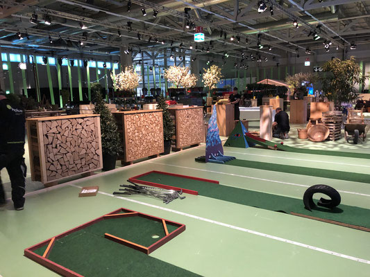 Personalanlass Mitarbeiterfest Event Mobiliar Mietmöbel Golf