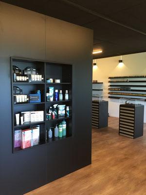 Umbau Tattoo-Studio Architektur Einrichtung  Regal