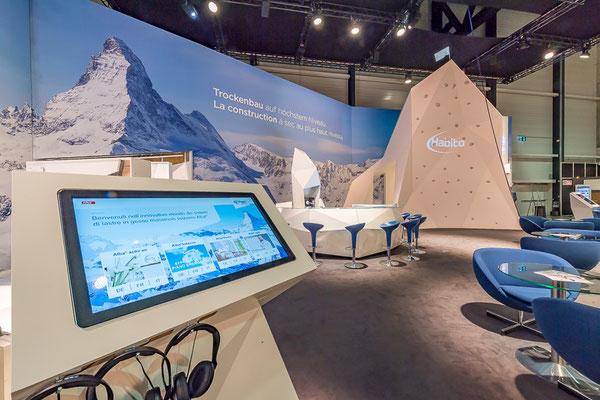 Messestand Erlebnis 3D Projektion Bergsteigen Architektur Dekoration Design Grafik Live Kommunikation Rigips