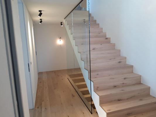 Absturzsicherung - Glasgeländer - Treppenhausverglasung - © Glaserei Allgäuer