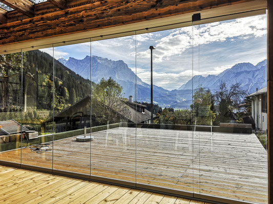 Schiebeverglasung - Terrassenverglasung - © Glaserei Allgäuer