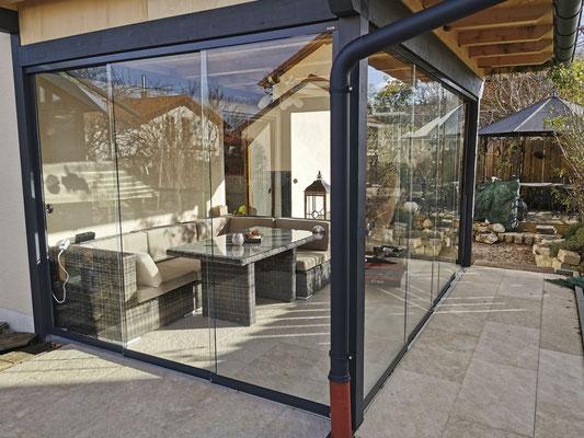 Terrassenverglasung - Wintergartenverglasung - Schiebeverglasung - Schiebetüre - © Glaserei Allgäuer