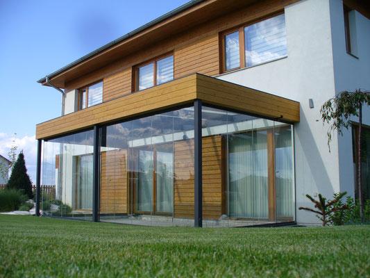 Wintergarten - Stahlkonstruktion - Glasdach - Schiebe-Dreh-Verglasung - © Sunflex