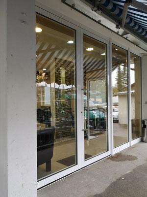 Eingangstüre - Aluminiumelement Schüco - Renovierung -  © Glaserei Allgäuer