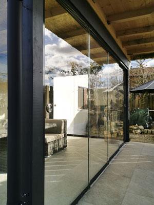 Terrassenverglasung - Schiebeverglasung - Sunflex SF20 Anlage - © Glaserei Allgäuer