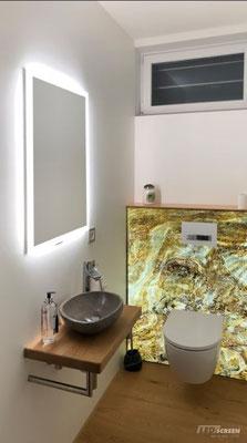 Beleuchtete Glasrückwand - WC - LED Spiegel - © LEDscreen®