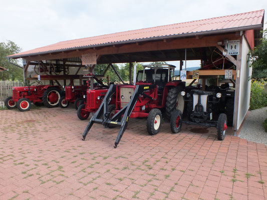 Traktor Carport