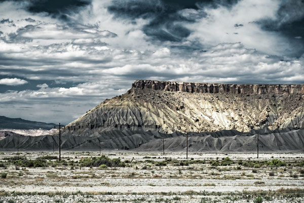 Human hints in the desert, Central Utah
