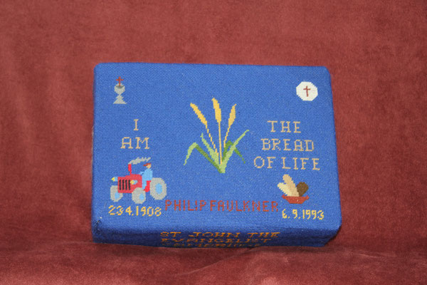"72. ""I am the Bread of Life"" in memory of Philip Faulkner (23.4.1908-6.9.1993) donated by Vera Faulkner and worked by Beryl Johnson"