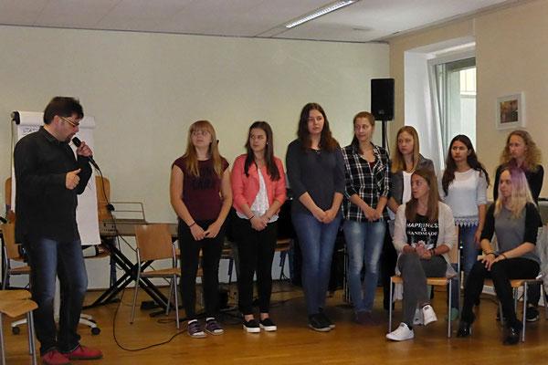 Schülerchor 2 beim Singen