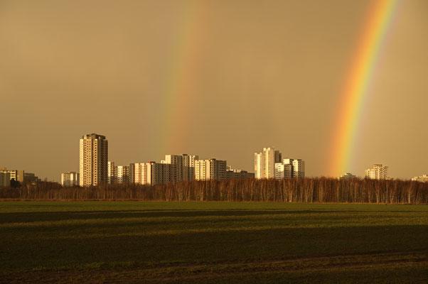 Gropiusstadt mit Regenbögen