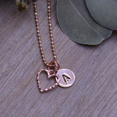 Halskette mit Herz- & Buchstabenanhänger Rosé Vergoldet