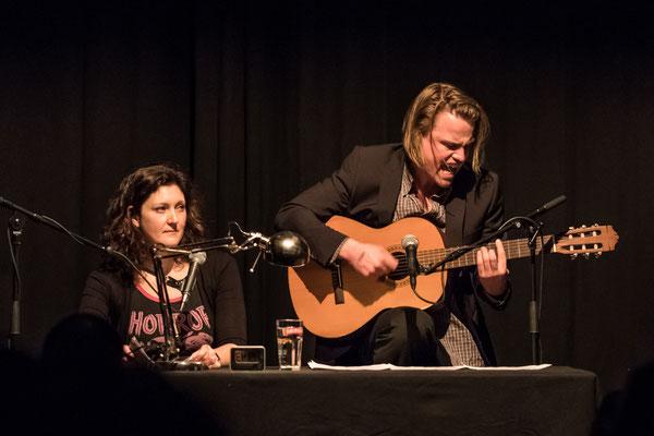 Rebekka Kricheldorf und Laurenz Leky (Foto: Gordon Timpen)