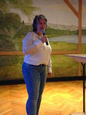 "Birgit Mosler, Projektkoordinatorinnen des INTERREG-Projektes ""KRAKE/Starke Dörfe"""