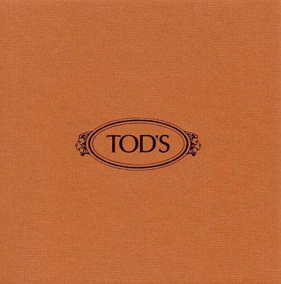 TOD'S Cocktails und Kunstauktion