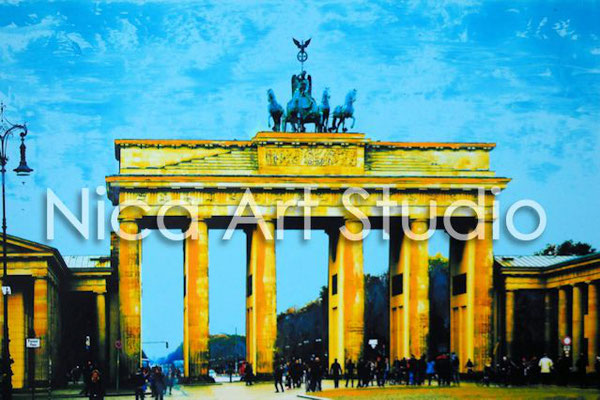 B49 Brandenburger Tor, 2017, 30 x 20 cm, photography with oil color