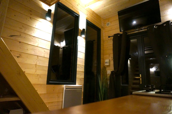 Salon tiny house by Jardin Boheme