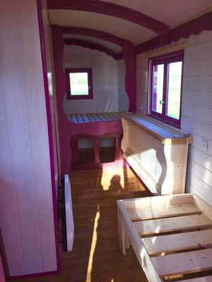 Roulotte bois ; gipsy wagon by Jardin Boheme