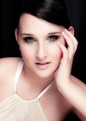 Fotografie: Ronia Strickrot; Model: Chiara Facchini; M&H: Anika Eisenschmidt