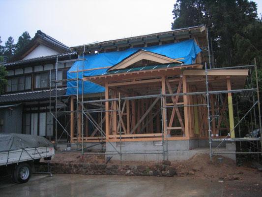 外壁:サイディング 屋根:日本瓦