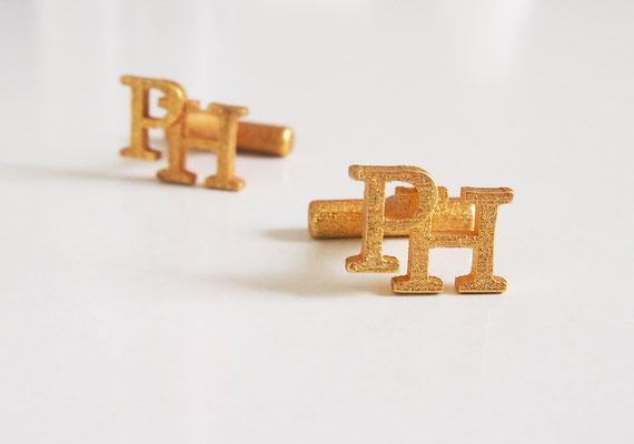 Manschettenknöpfe aus Stahl vergoldelt