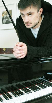 Anton Berlev, Klavierlehrer in Pasing und Obermenzing