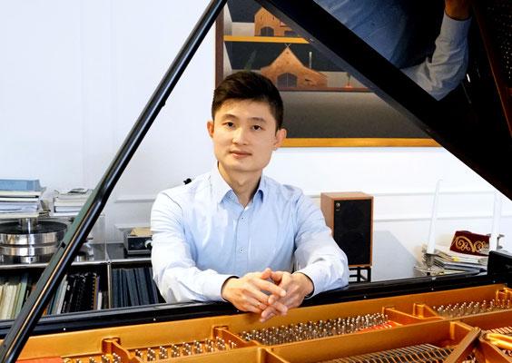 Tung-Hsing Tsai, Klavierlehrer in Bogenhausen und am Sendlinger Tor