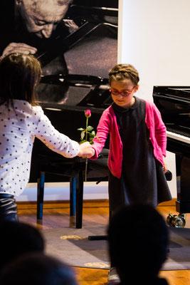 Klavierschülerkonzert im Steinway-Haus Dezember 2017 ©Eugene Nakamura