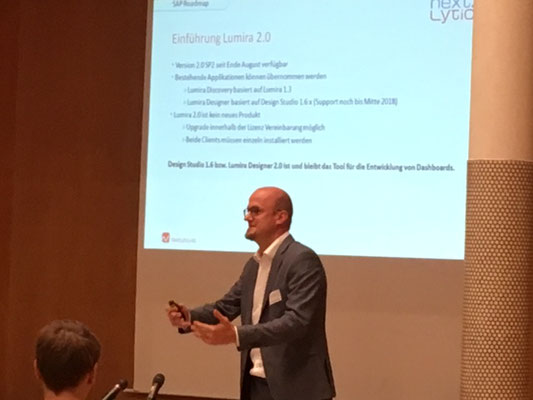Sebastian Uhlig explained the meaningfulness of an early switch to SAP Lumira 2.0
