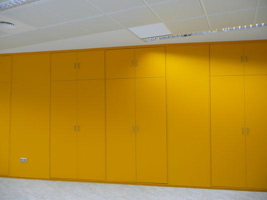 Tabique armario amarillo