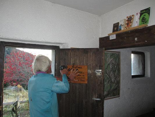 Installation du panneau sur la porte