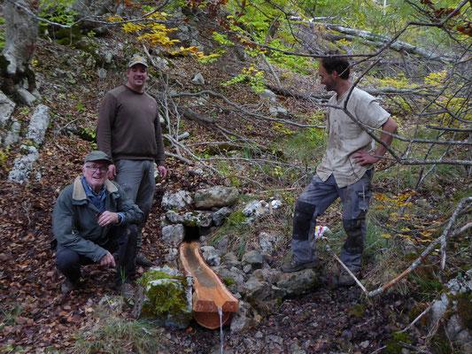 Les ouvriers de la source - Photo B. Fort