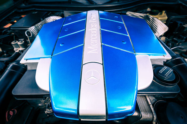 Engine of the Mercedes car photo