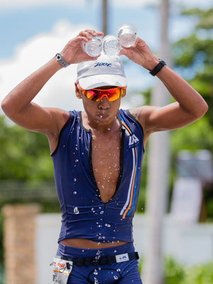 Photo of an athlete refreshing his head