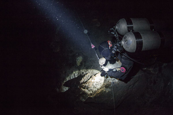 Photo in the cave underwater
