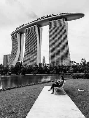 Photo black and white of this strange building in Singapore