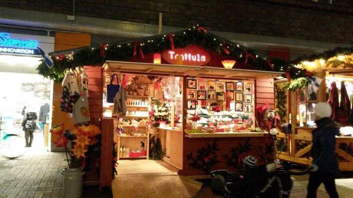 Tonttula Weihnachtsmarkt Hütte