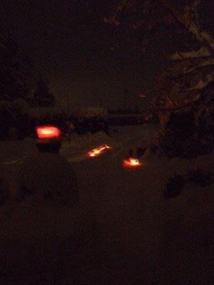 finnische Windlichter im Schnee