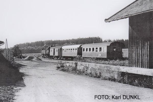 Triebwagenersatzzug in Geras-Kottaun