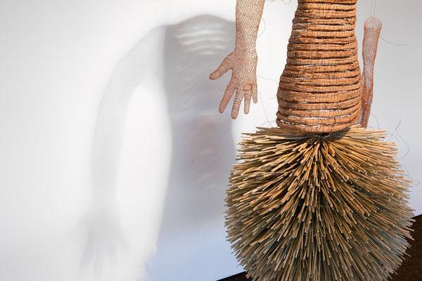 """""""Les mains gauches"""", tirée de l'installation """"Se contenter des ombres"""". Photo Jean-Pierre Ruelle"""
