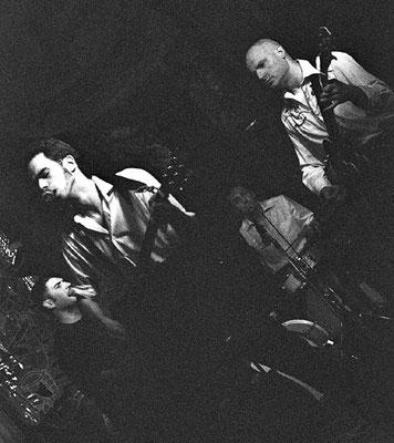 Stressless Rockin' Band. Banda de rockabilly sevillana del músico y guitarrista Miki Pannell