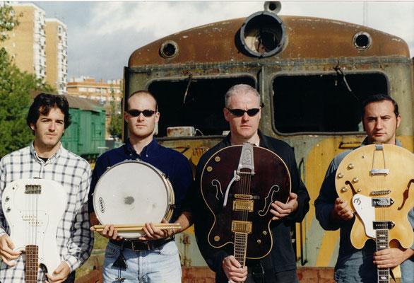 La banda Beatless con Miki Pannell a la guitarra