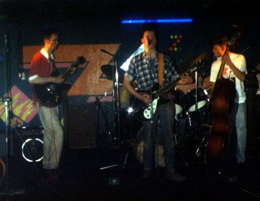 Prima concerto del chitarrista Miki Pannell con il gruppo inglese Rhythm Bound