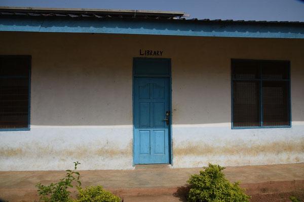 Eingang zur Bibliothek