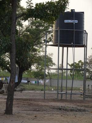 Der Wasserhochbehälter beim Mädchenwohnheim