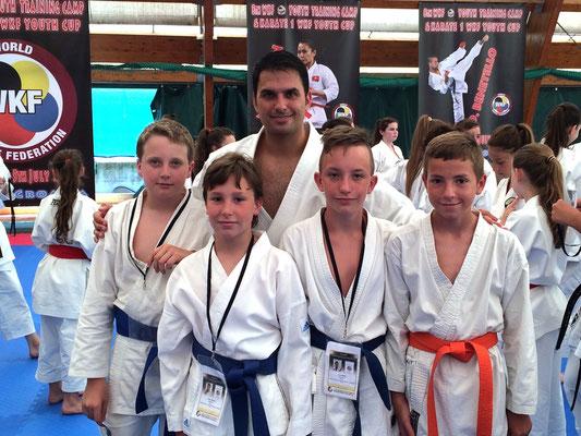 Morgan, Stefano, Matteo e Luca con il campione del Mondo Luca Valdesi - 2015 WKF Croazia