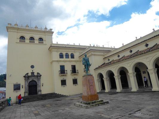 Schickes Amtsgebäude