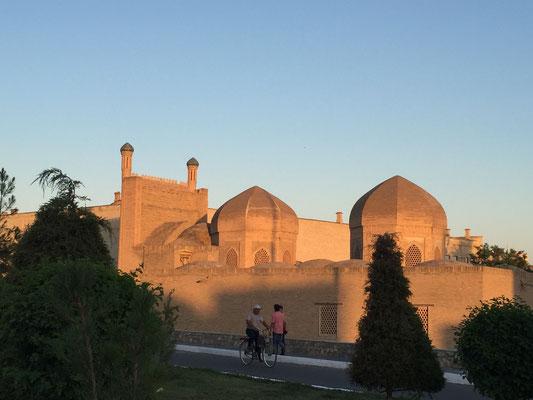 ... und noch mehr Bilder von Altstädten im Abendlicht (Bukhara)
